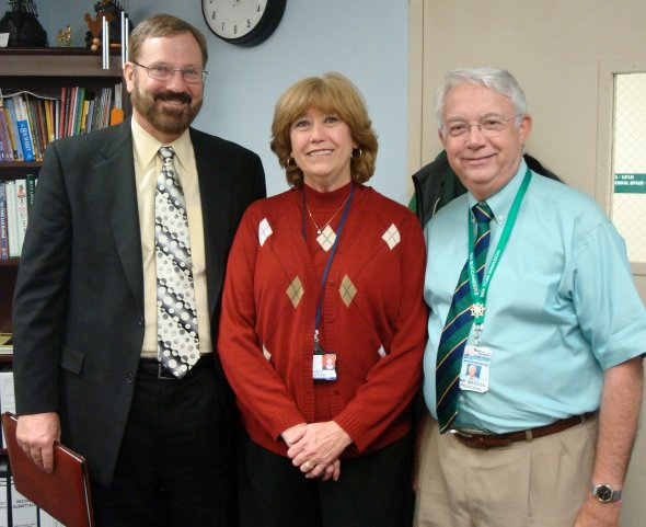 Dr. Max Thompson visits Gulf