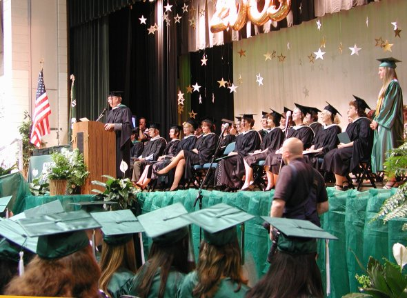 Class of 2003 celebrates graduation