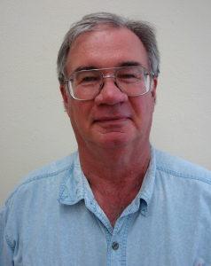 Science teacher Les Snyder to retire