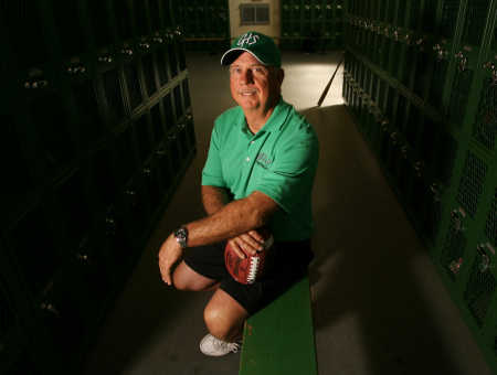 Coach Jerry Young to retire after 35 years